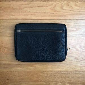 Alexander Wang 'Fumo' iPad case (O/S)